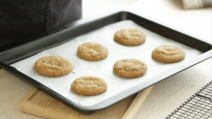 Ginger Snaps cooking tray by The Ginger People